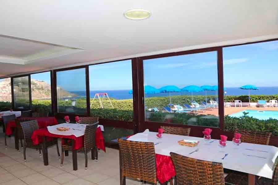 La-Baia-Village-Sardegna-ristorante