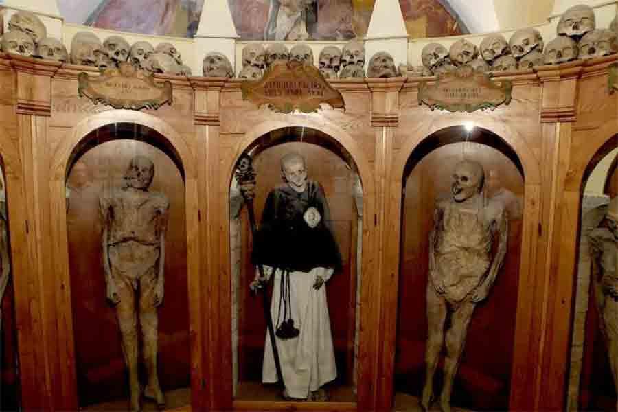 Chiesa-dei-Mrti-Urbania